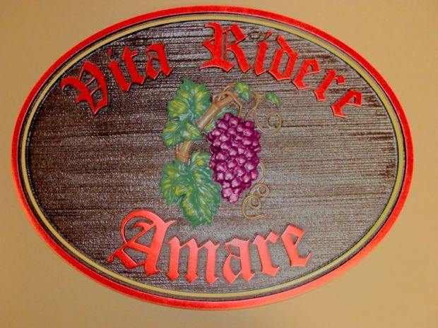 R27341 - Sandblasted and Carved Wooden Wine Cellar Plaque