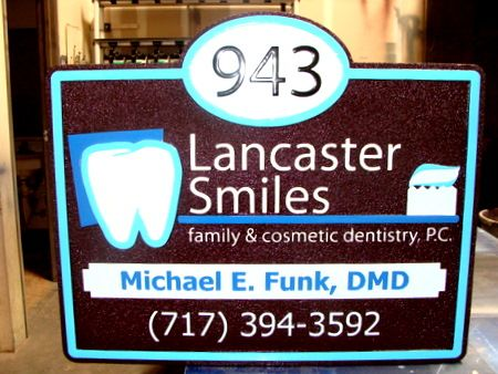 BA11581 -  Smiles Dentistry Entrance Sign