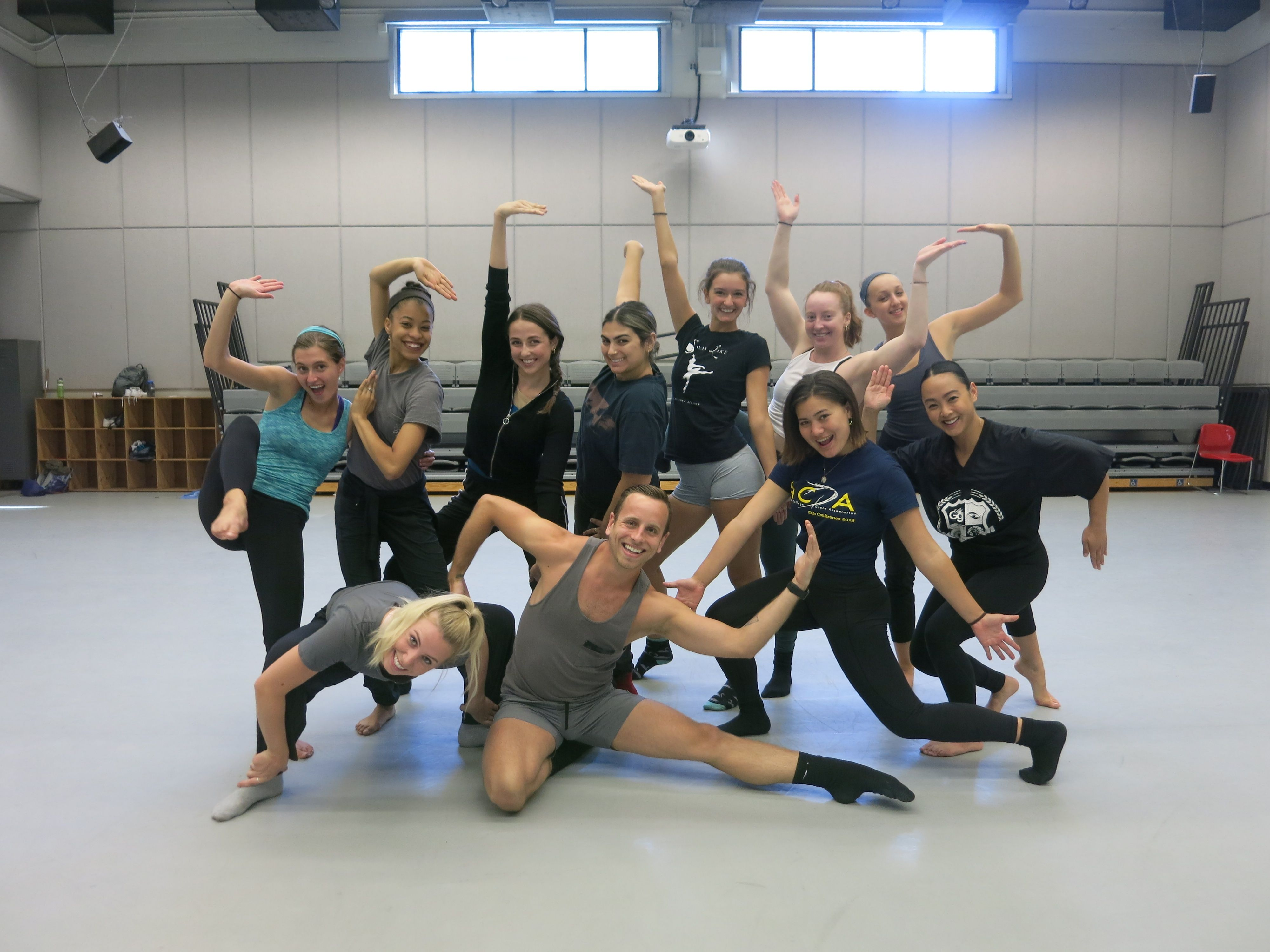 Workshop for UCI Dance Students with MOMIX dancers