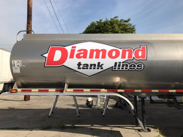 Vinyl Decals for Tanker Trucks in Orange County CA