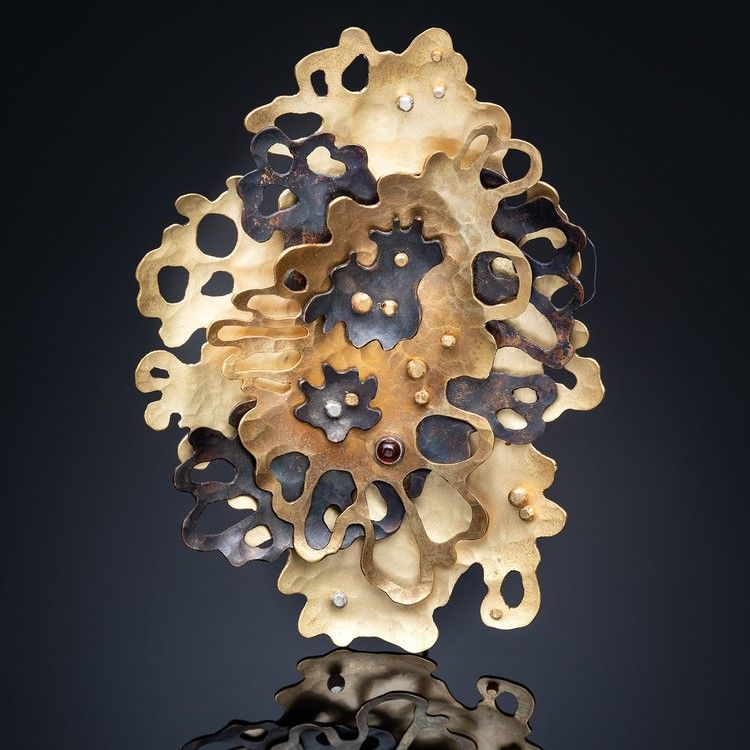 Foliose 2 Brooch