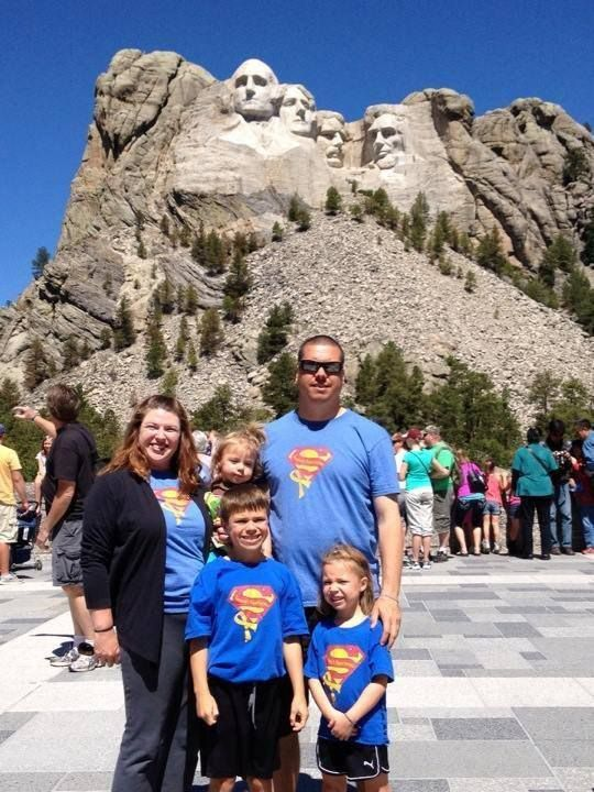 Thank you Gassen's for spreading awareness of childhood cancer on your family vacation!!
