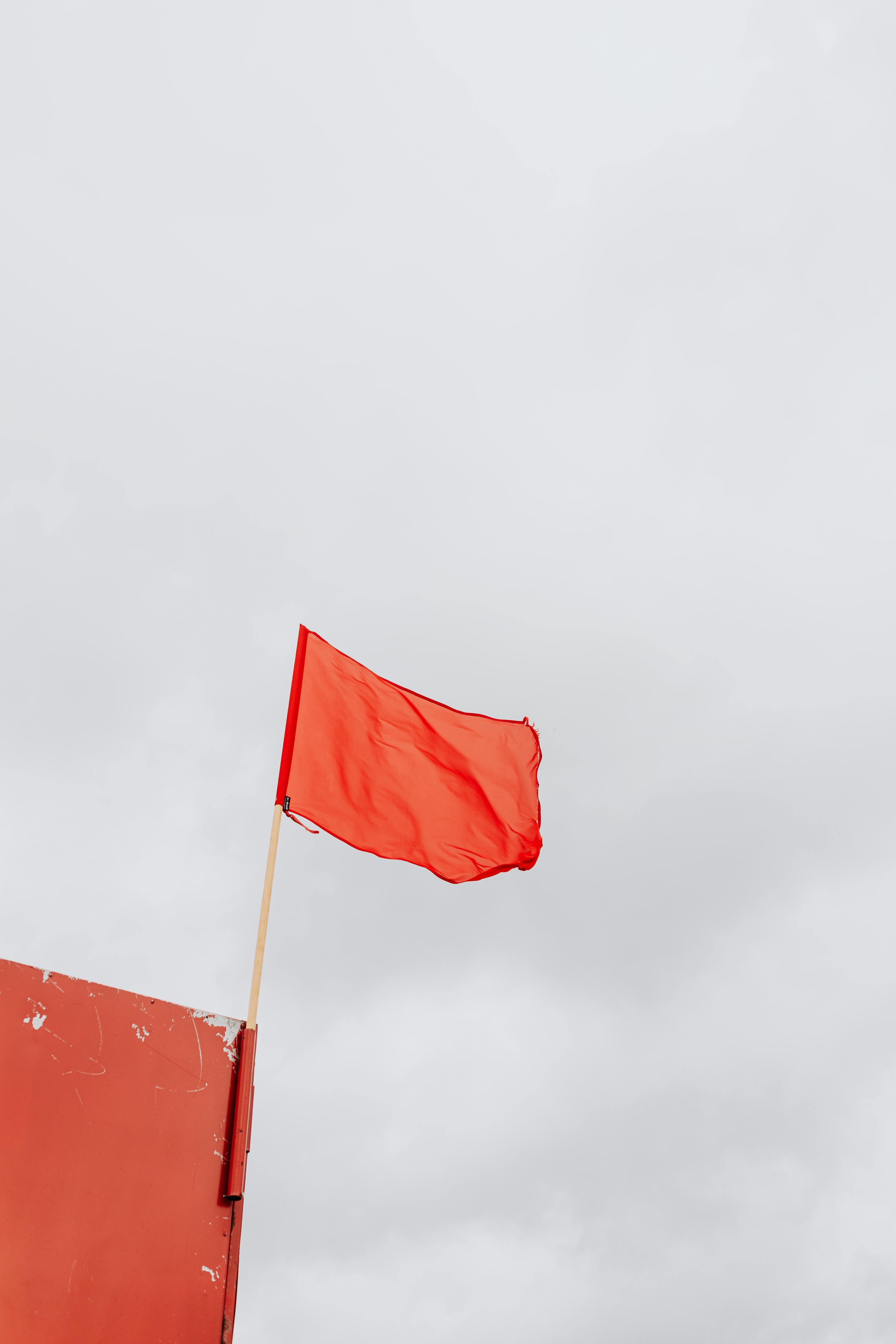 Red Flags in Dating Relationships