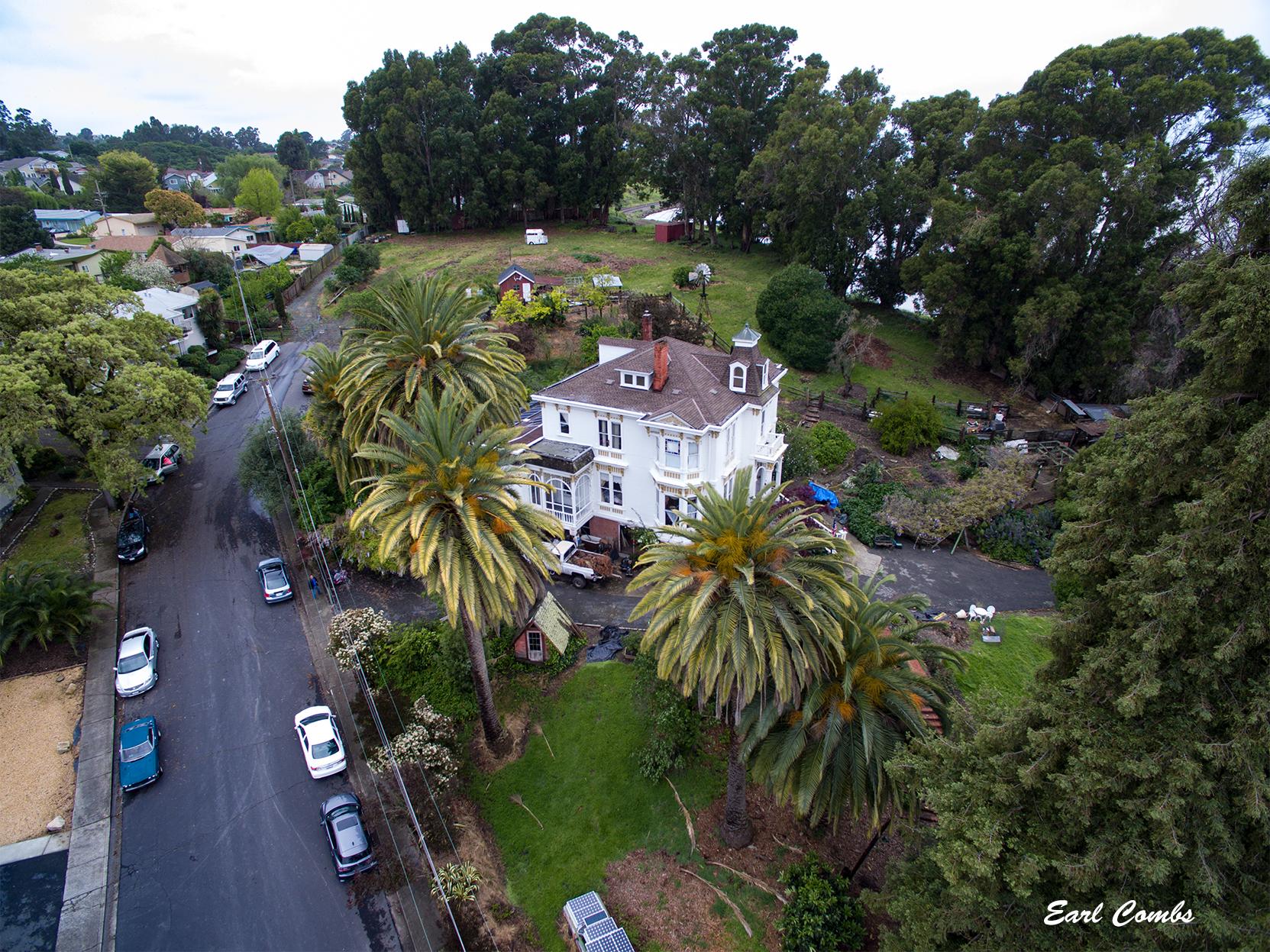 The Fernandez Mansion