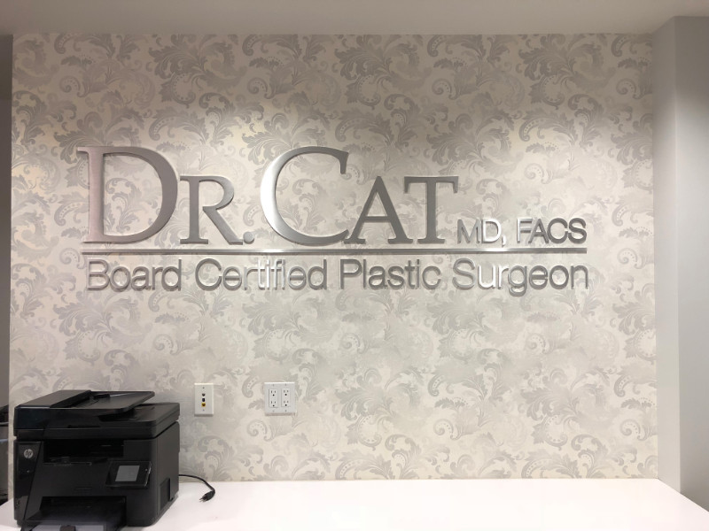 Lobby Signs for Doctor's Offices in Beverly Hills CA