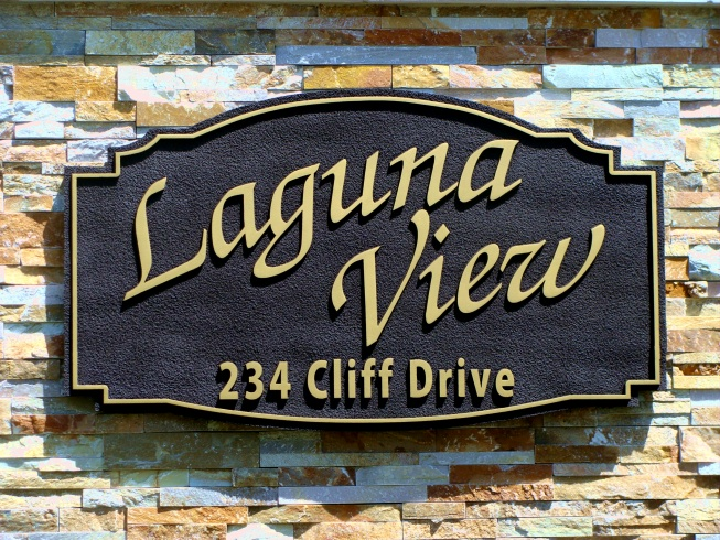 "I18142 - Sandblasted HDU Property Name and Address Sign""Laguna View"", with Gold Text"