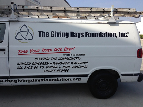 Vehicle vinyl lettering and graphics Orange County