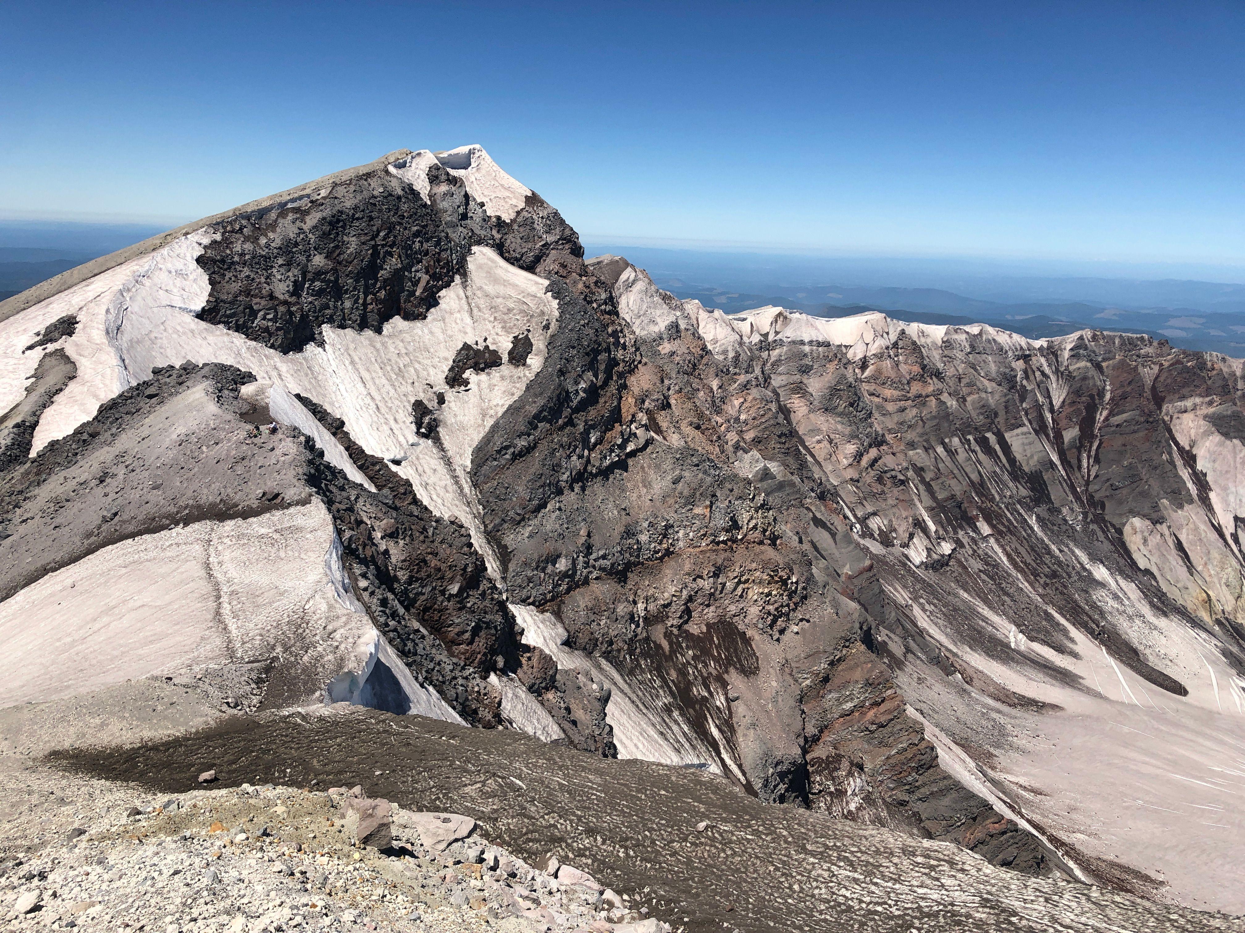 Summit Rim to True Summit (8313')