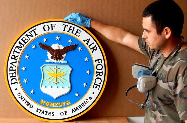 V31504 – Carved 3-D Wall Plaque of the Great Seal of the Department of the U.S.  Air Force.