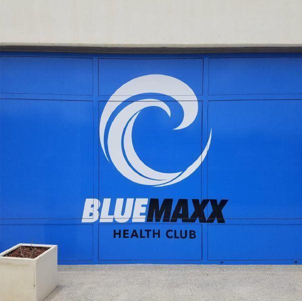 Blue Maxx