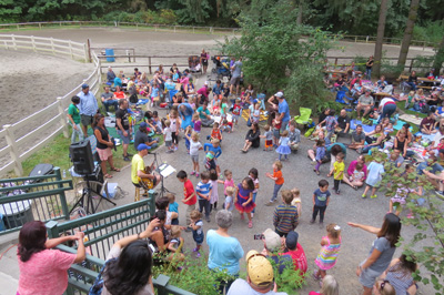 Crowd for Caspar Babypants August 23rd Set a Music Event Record