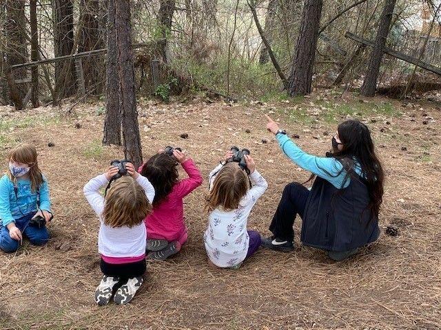 Spring Camp / Campamento de Primavera:        May 3 & 5 (Grades K-3)