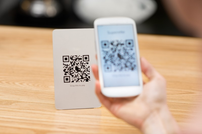 qr code on direct mailer