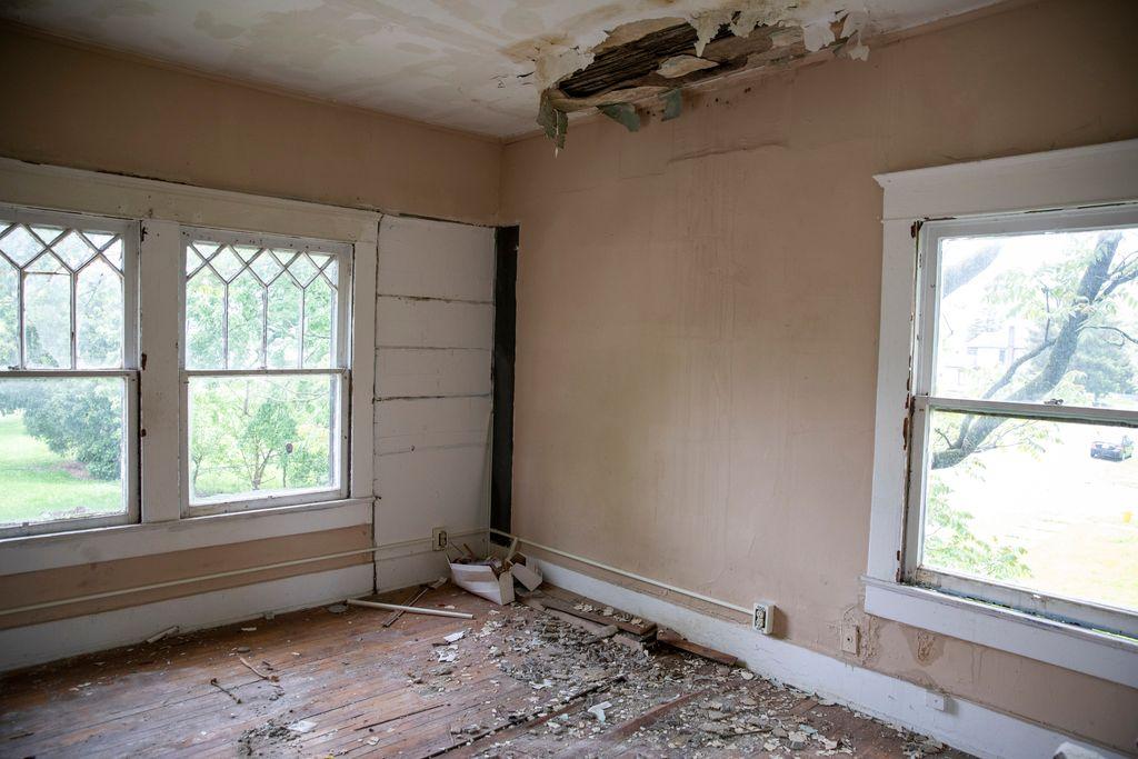 repair a home