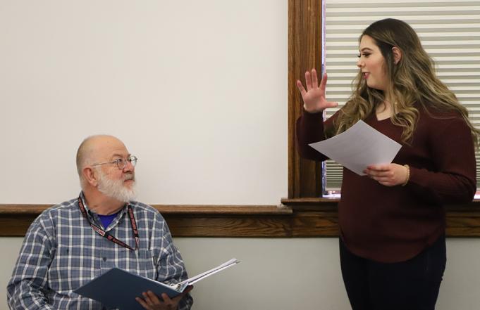 UMW Senior Gains Experience as a Teaching Assistant