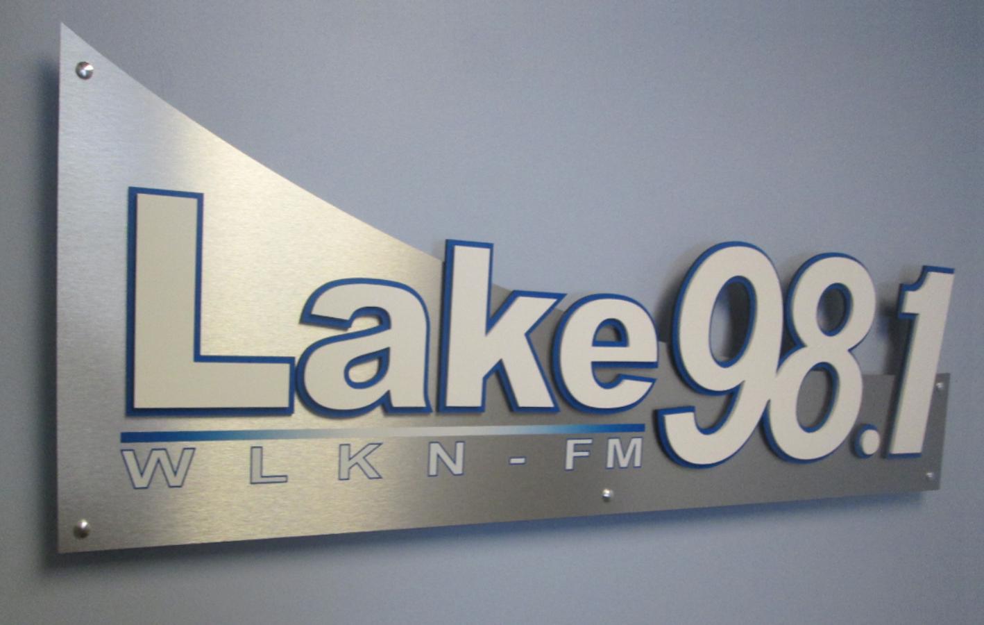 Lake 98.1 FM