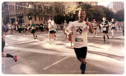 Join our Chicago Marathon Team