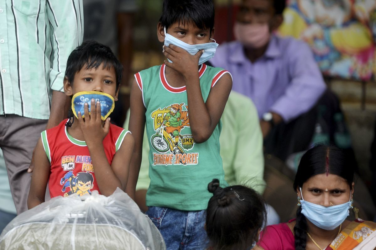 Hundreds of thousands are still at risk in India's third wave of Covid-19