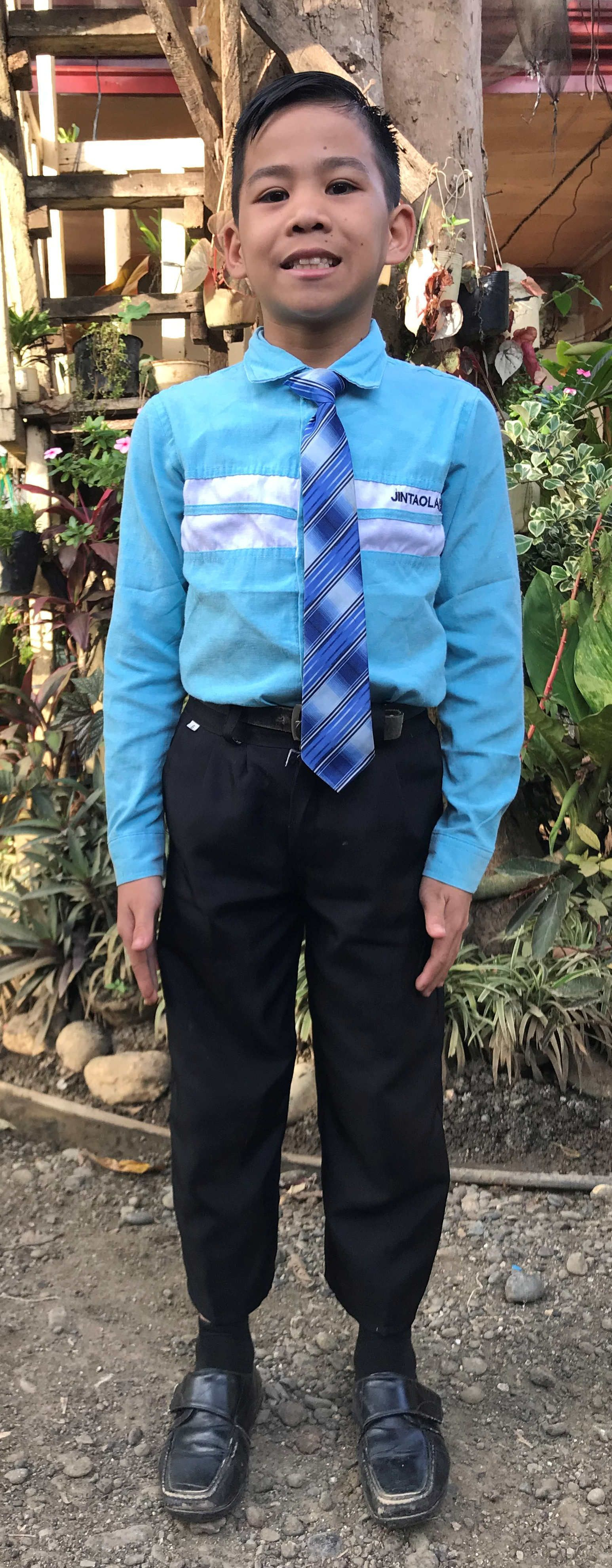 Jhewyn, 12, Philippines