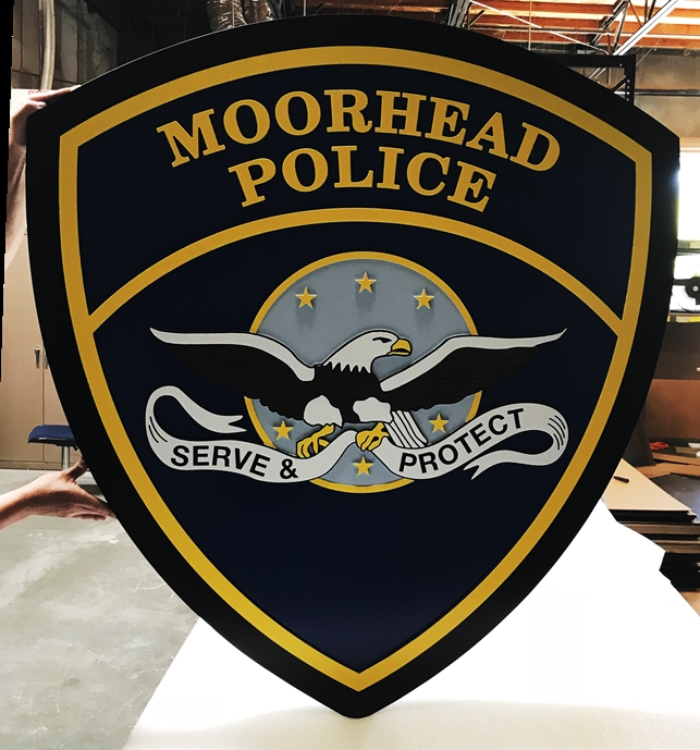 PP-2410 - Carved Plaque of the Shoulder Patch of the Moorhead Police, 2-5-D Artist-Painted