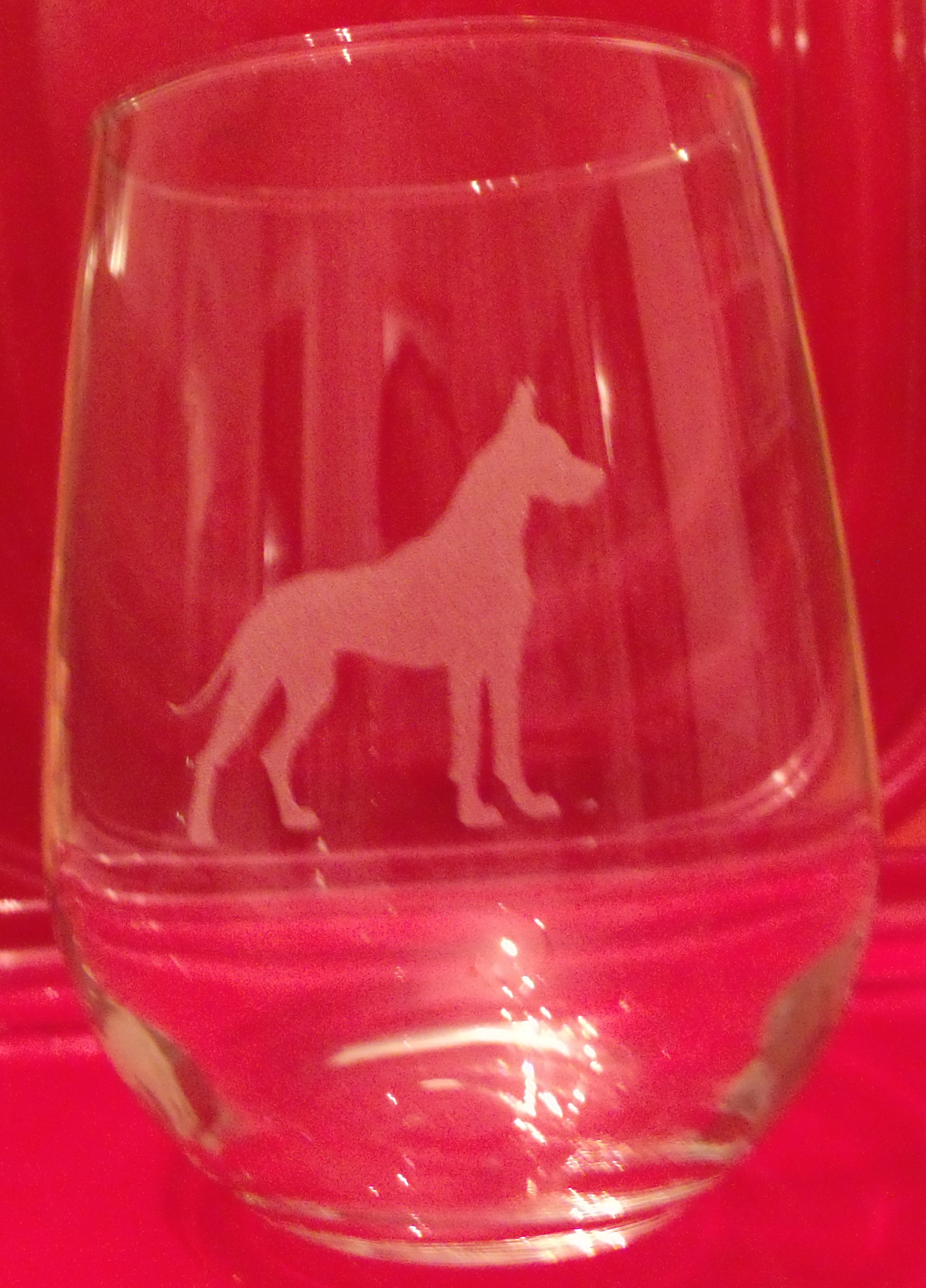 Red Wine Glass, 17 oz, cropped ear