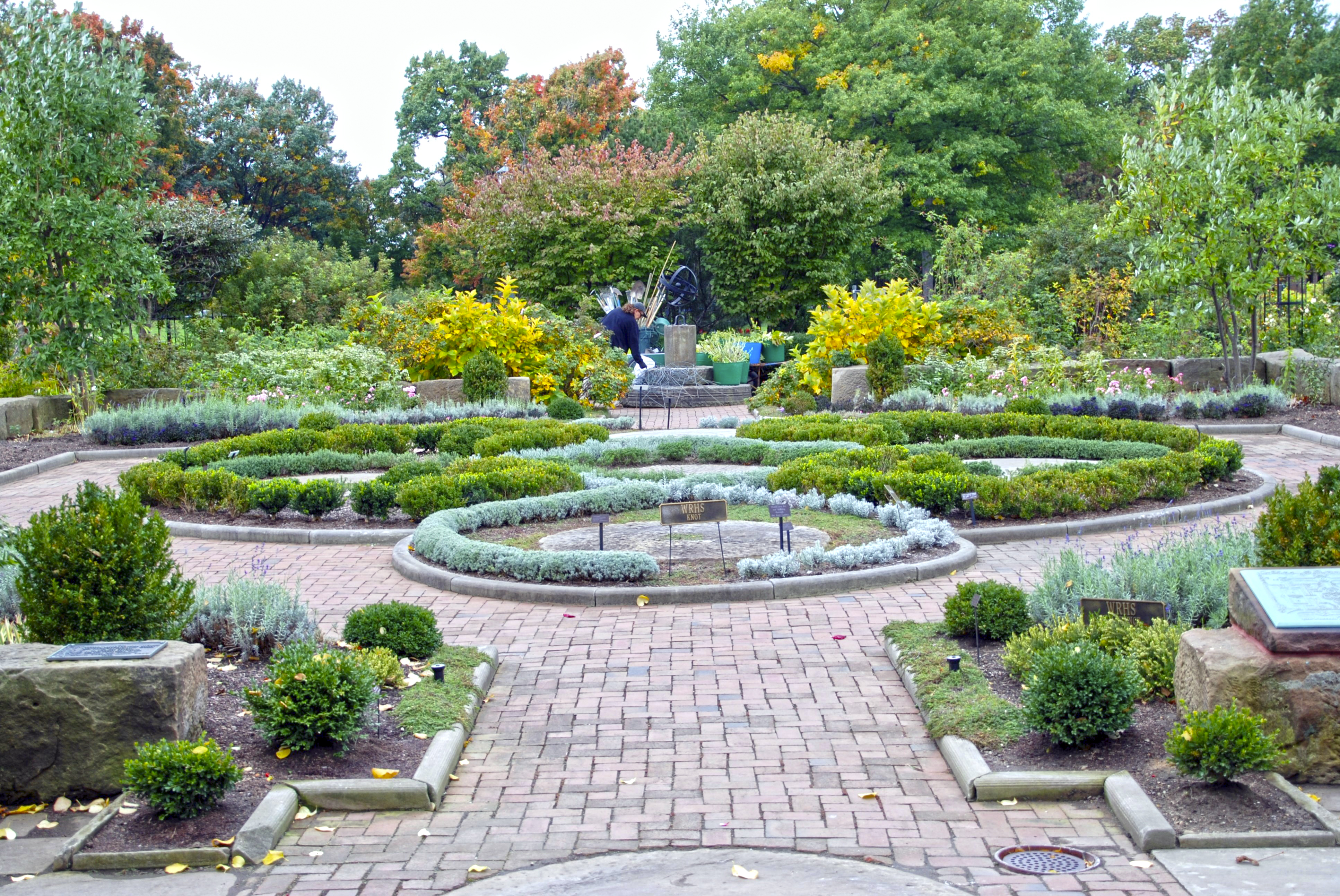 Knot and Fragrance Garden - October