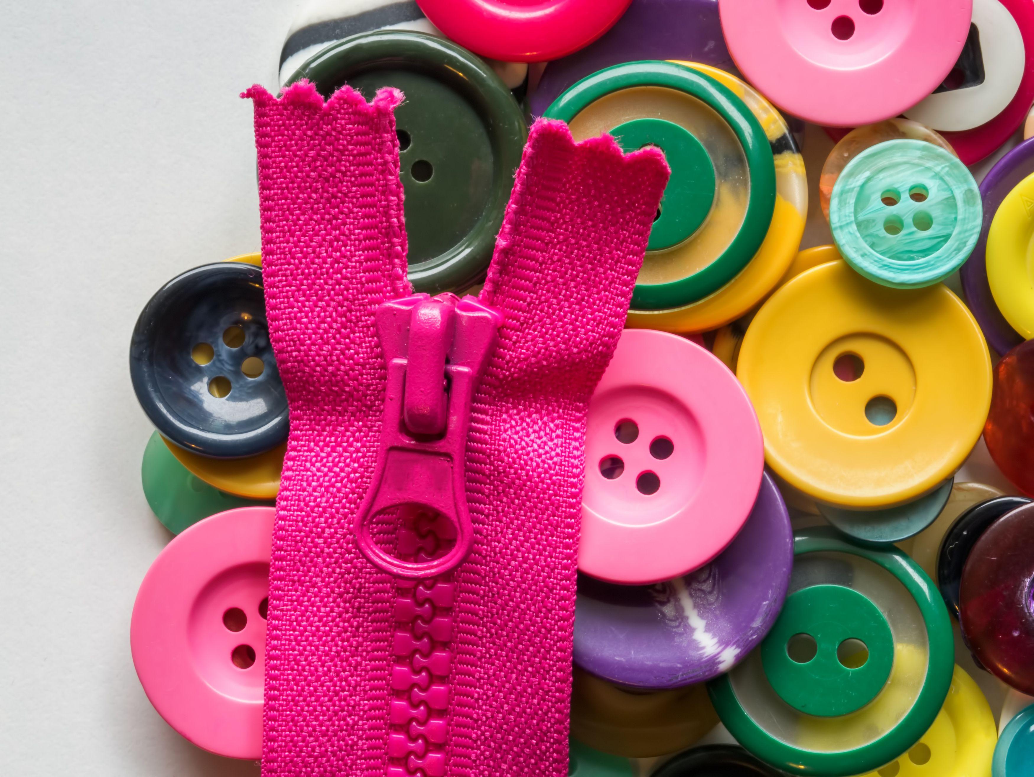 Zipper Basics - Centered 1 of 4
