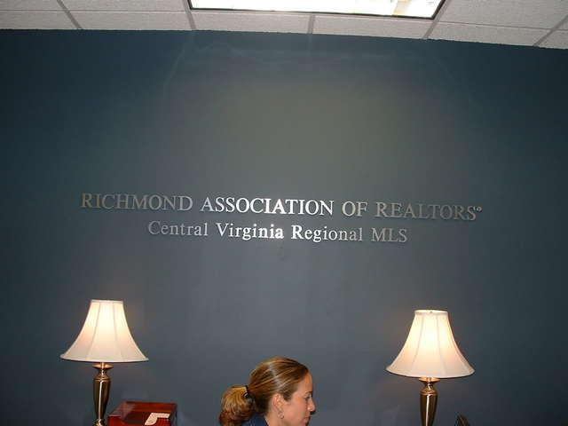 Association Dimensional Letters
