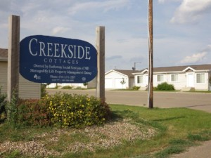 Creekside Cottages-Watford City