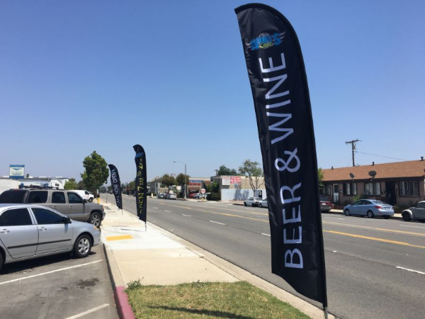 Teardrop printed flags for advertising in Orange County CA