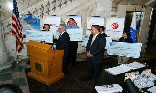 Catholic Charities Recieves Portion of Proceeds From All-Star Golf Tournament