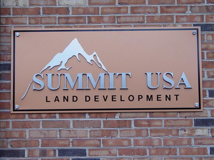 Summit USA Storefront Sign