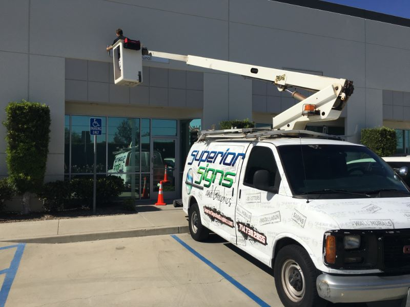 Lift Truck Sign Repair