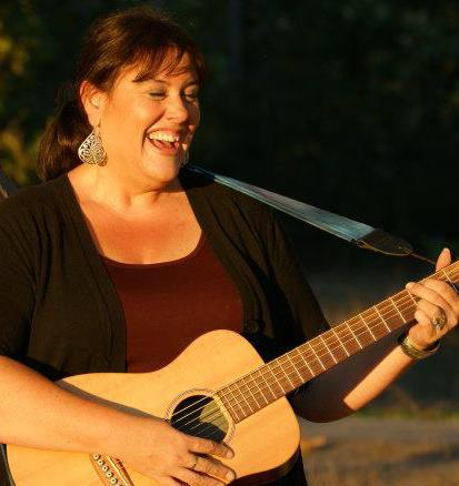 Music at the Market: Laurie Ann Project