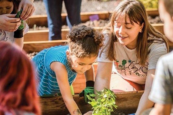 Garden Talk: Edible Landscaping with Fleet Farming