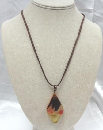 Turning Leaf-Acrylic Wood Diamond Necklace