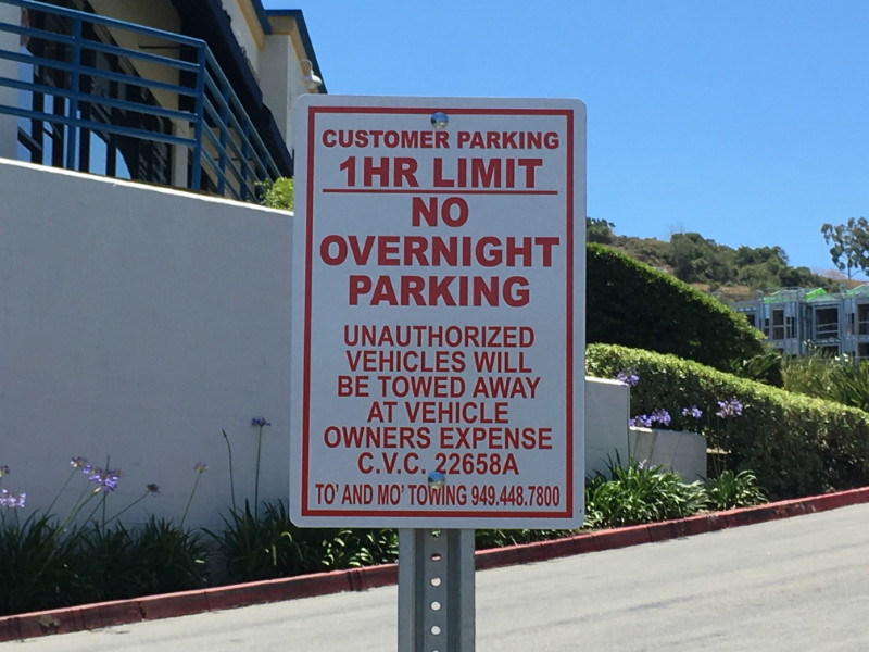 Commercial Parking Lot Signs for Property Managers in Orange County CA