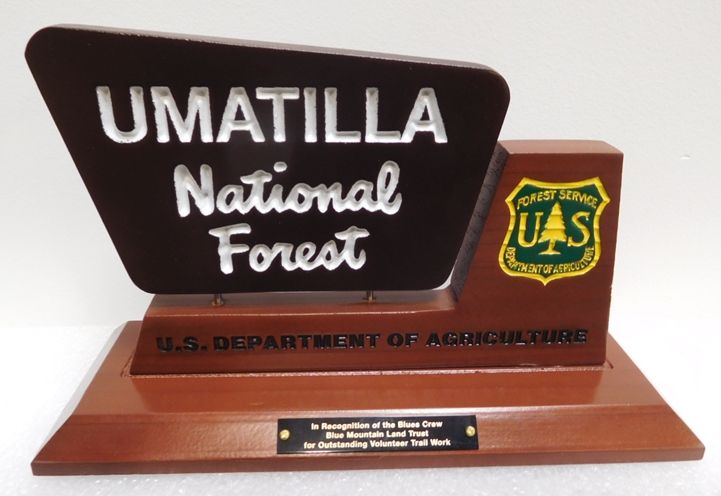 AP-5765-  Carved Table Top Plaque for Umatilla National Forest