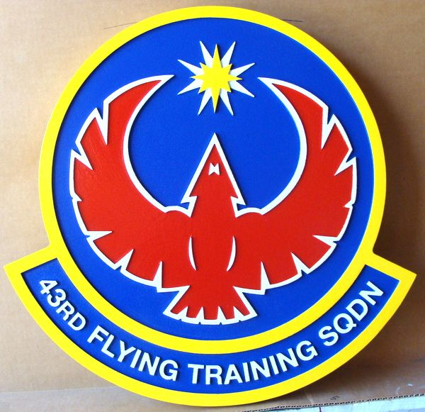 V31548 – Carved 2.5-D Wall Plaque of the Crest of the US Air Force 43rd Flying Training Squadron , with  Stylized Red Eagle