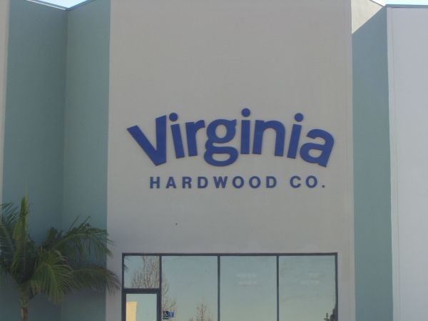 Hardwood Company Sign