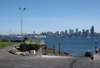 Seattle Skyline from boat launch