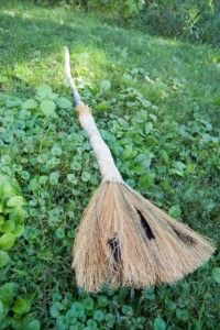 Goodwill DIY witch's broom project