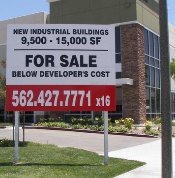 Commercial Real Estate Developer Sign Service