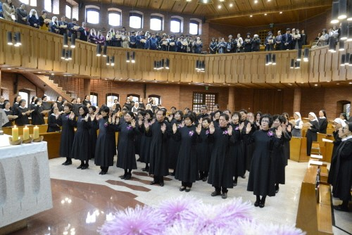 43 Oblates Make Their Final Oblation