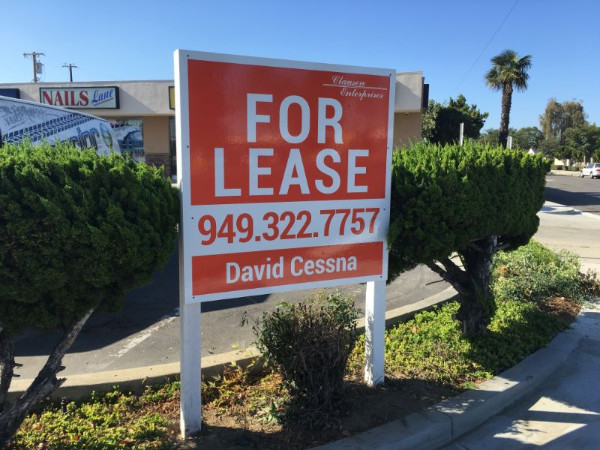 For Lease Anti-Graffit Signs in Orange County CA