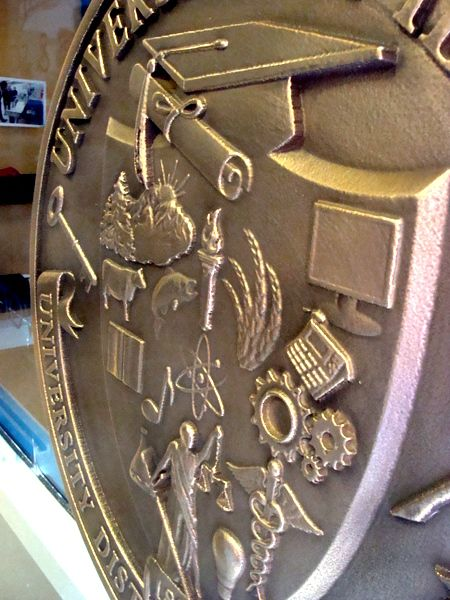 RP-1040 - Carved Wall  Plaque of  the Seal of the University of Idaho, Distinguished Professor of the Year,  Brass Plated