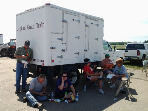 OGT refrigeration truck to serve cold water to volunteers
