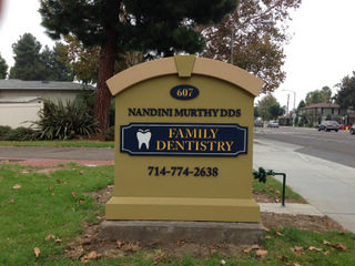 Sign permits for monument signs in Fullerton CA
