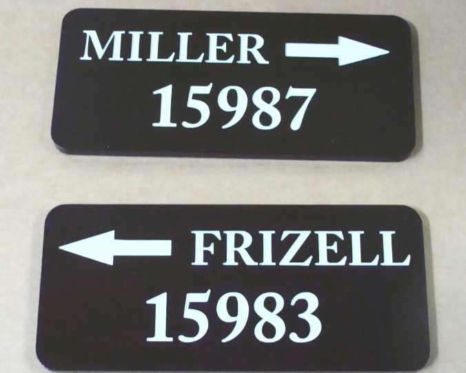 I18896 - Name and Number Address Signs