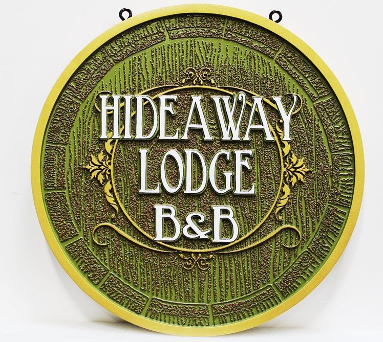 "T29164 - Carved HDU ""Hideaway Lodge B&B"" Hanging Entrance Sign, Green Color"